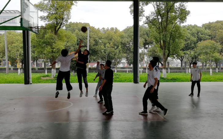篮球社团活动报道